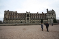Alison and Gabe at Chateau de Saint-Germain-en-Laye